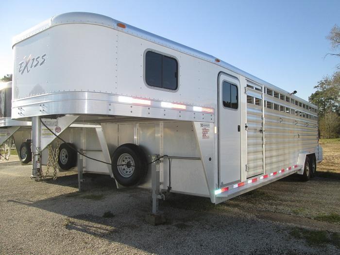 2015 Exiss 28 ft STC Livestock Trailer