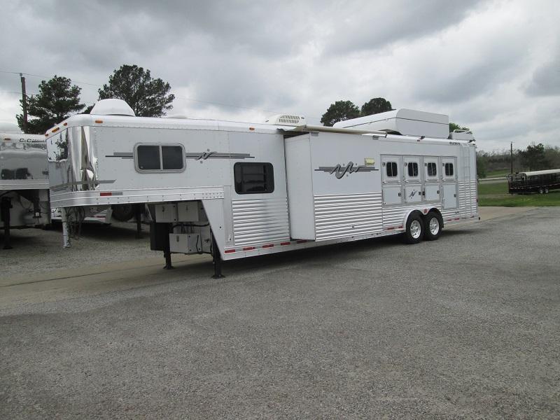2004 Platinum Coach 4H LQ - SLIDE - RAMP - GENERATOR Horse Trailer