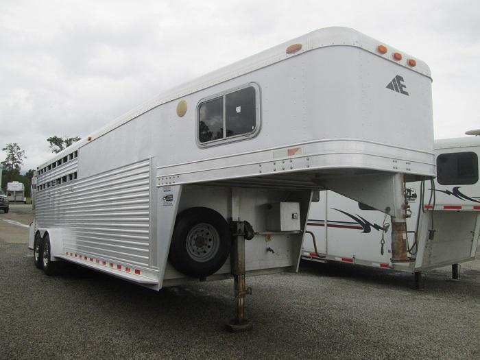 2000 Elite Trailers REDUCED!!! GREAT BUY 4H LQ Horse Trailer