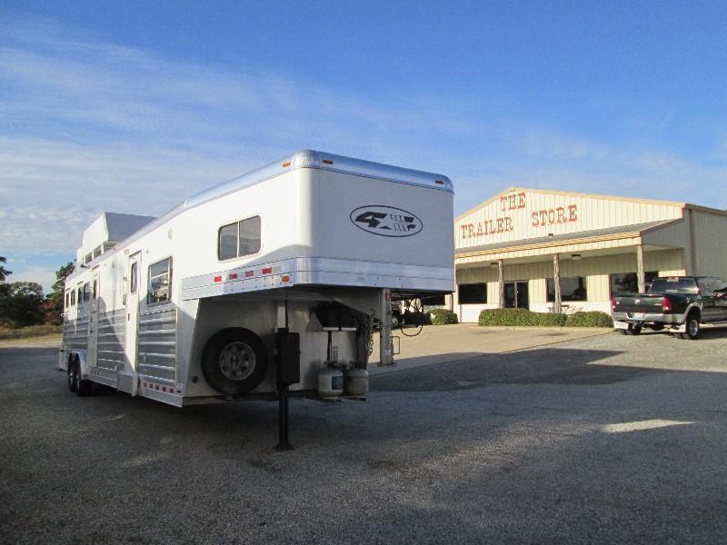 2014 4-Star Trailers JUST ARRIVED - 5 Horse LQ Horse Trailer