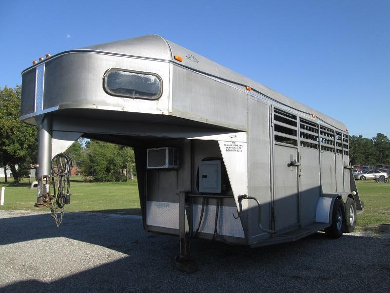 2008 Open Range Trailers 3 HORSE - A/C - Horse Trailer