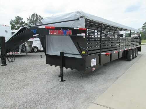 2014 Neckover 32 ft Stock Trailer