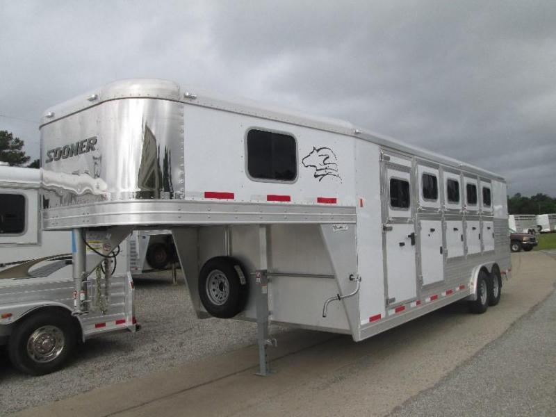 2015 Sooner 5 HORSE Horse Trailer