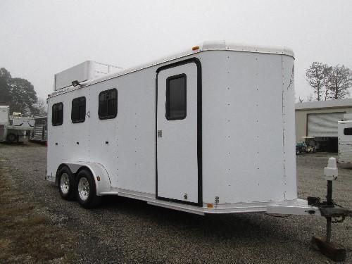2001 Featherlite Trailers Just Arrived 3 Horse BP Horse Trailer