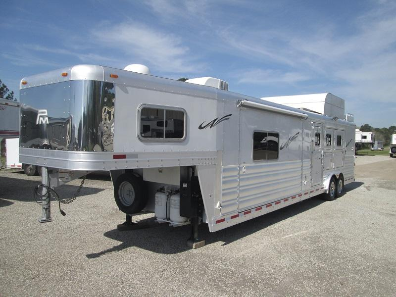 2016 Platinum Coach 3H LQ OUTLAW CONVERSION Horse Trailer