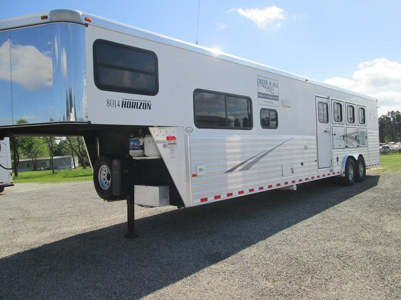 2010 Sundowner Trailers 4H LQ 8014 HORIZON - RAMP Horse Trailer