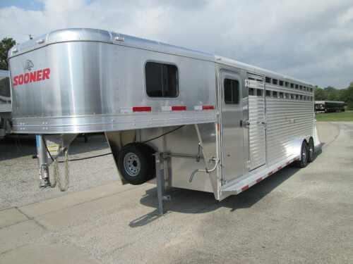 2015 Sooner Trailers DURABLE 24 STOCK/COMBO 7' TALL Stock / Stock Combo Trailer