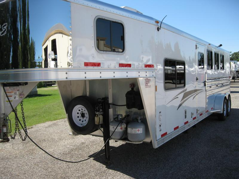 2012 Exiss GREAT CONDITION - 4 Horse LQ Horse Trailer