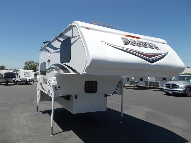 2018 Lance 850/Longbed Truck Camper
