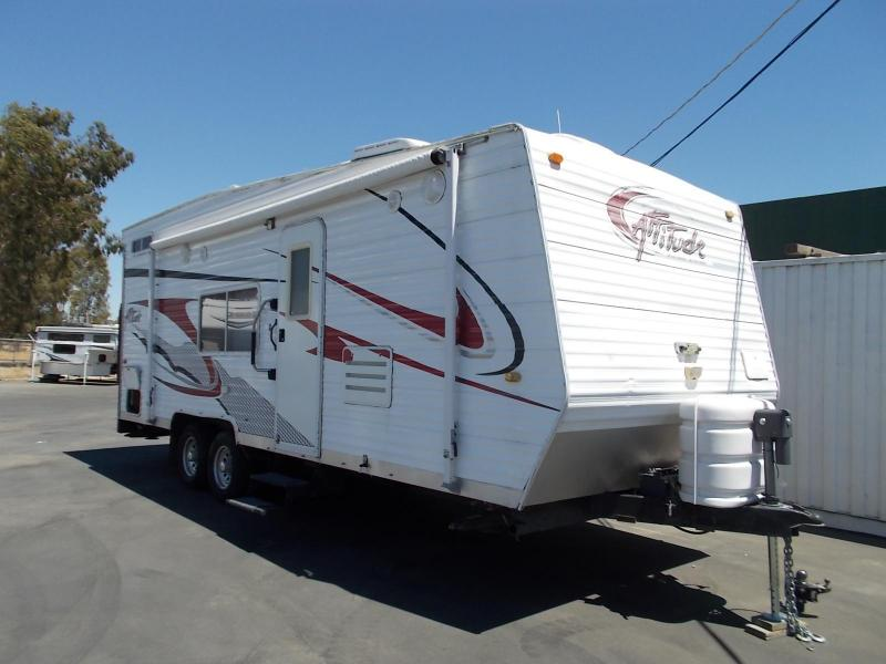 2006 Eclipse RV Attitude 23AK Toy Hauler