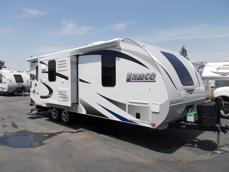 2017 Lance Camper Manufacturing 2155 Travel Trailer