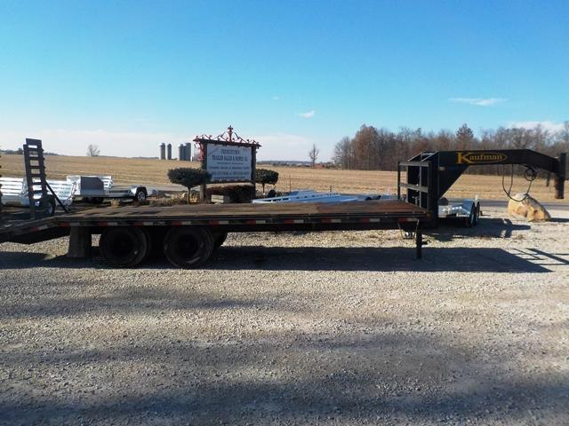 2014 Kaufman Trailers 102-24 Flatbed Equipment Trailer - USED