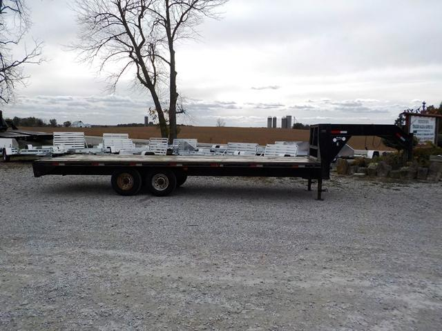2004 Hefty 14k Equipment Trailer