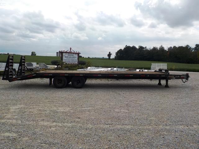 2003 CornPro Trailers FB 25 + 5 Equipment Trailer