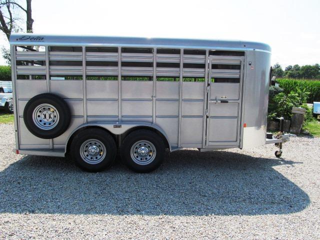 2019 Delta Manufacturing 500 SERIES Livestock Trailer