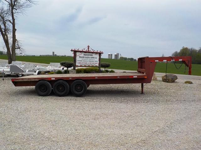 1980 Homemade 9520 Equipment Trailer - USED