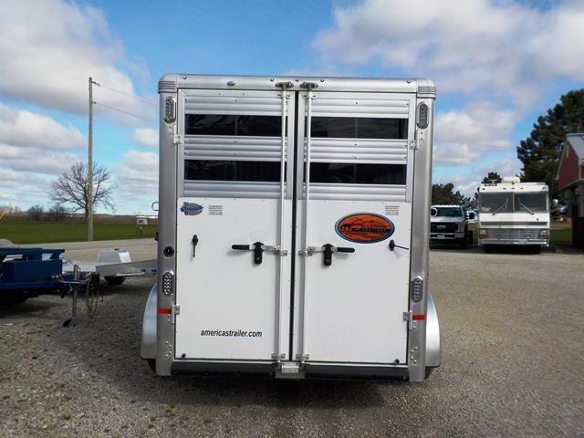 2018 Sundowner Trailers SUNLITE SS 3 HGN Horse Trailer