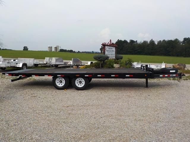 2018 PJ Trailers T8J2272BSTORT Equipment Trailer
