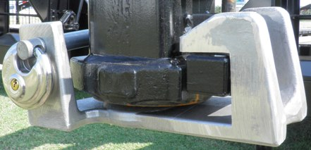 8200431 Gooseneck Coupler Locks