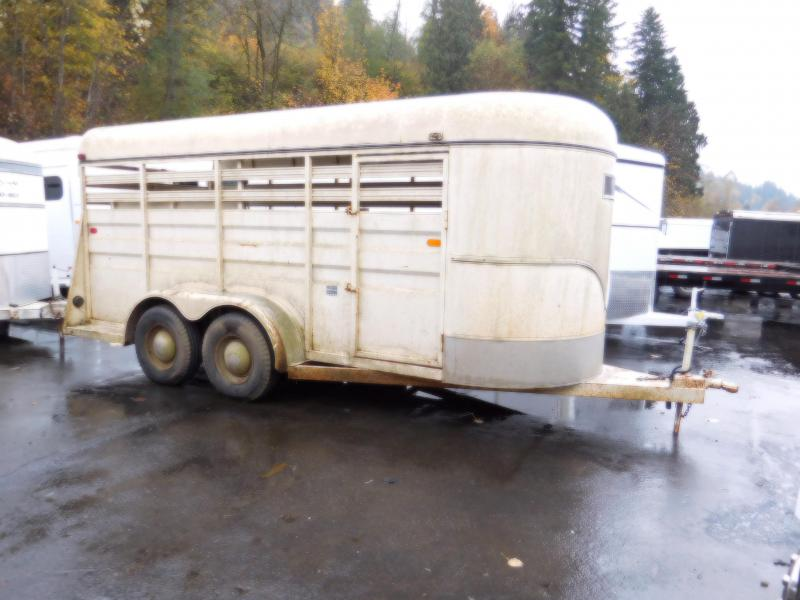 1998 Circle J Trailers 2 Horse Horse Trailer