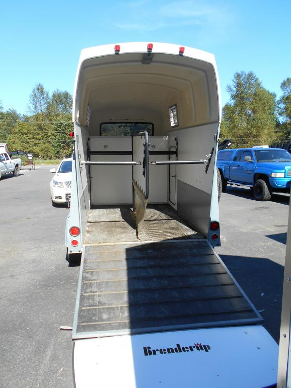 2005 Brenderup Trailers Baron Horse Trailer