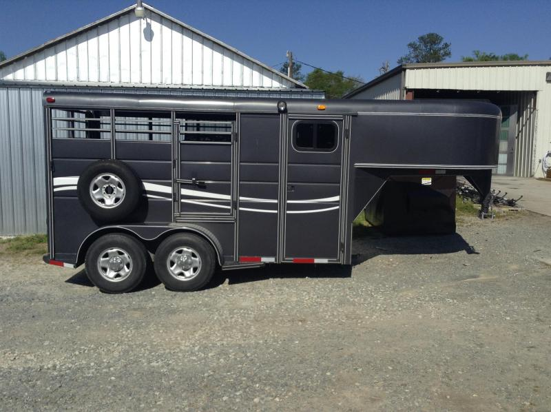 2012 Calico GN 2H Stock back 4ft D/R Horse Trailer