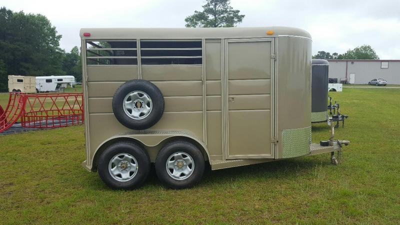 "2017 Calico Trailers 2H W/DR 6'8"" Wide Horse Trailer"