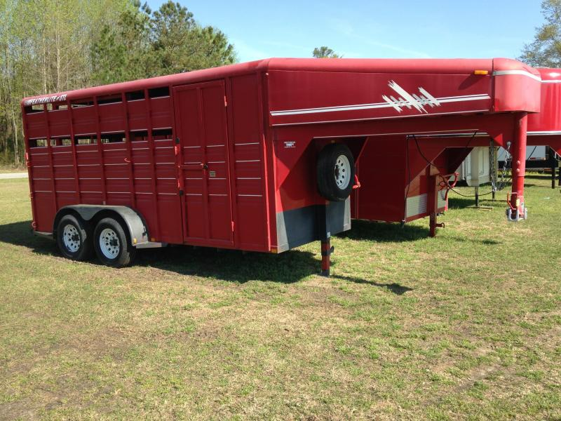 2000 Featherlite Trailer