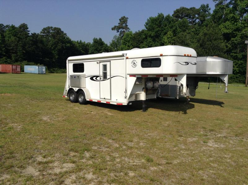 2002 Double D Straight Load Horse Trailer with Weekend Package