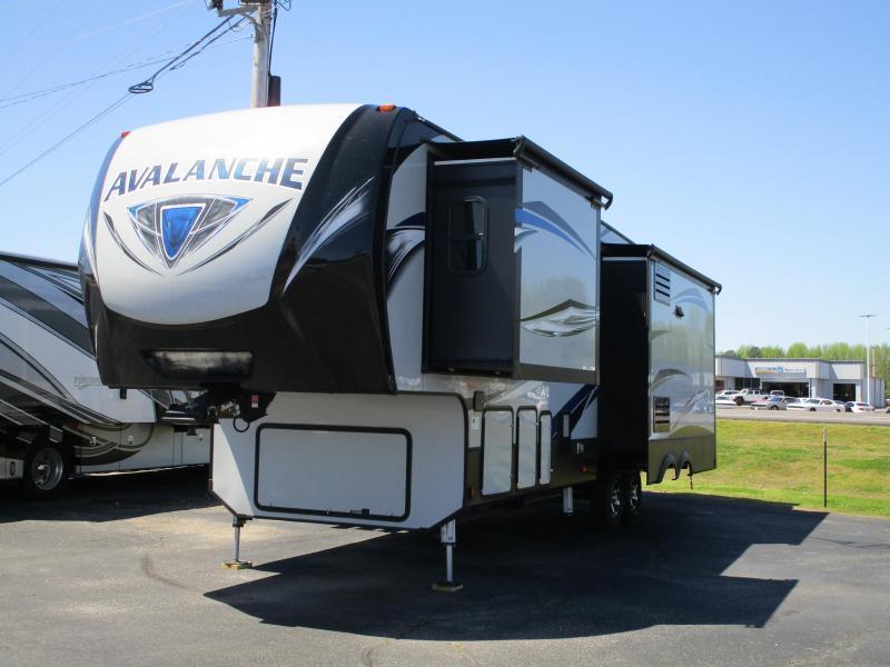 2018 Keystone RV Avalanche AV320RS Fifth Wheel Campers RV