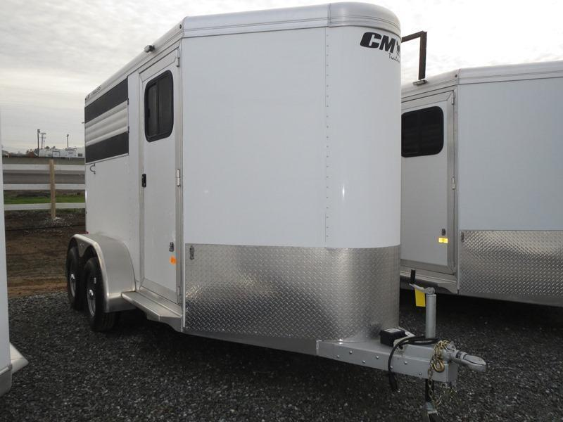 NEW 2015 CM Fastback 2H BP Horse Trailer VIN18771