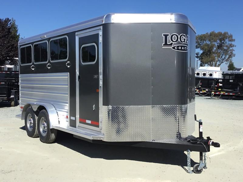 NEW 2019 Logan Coach 3H Riot BP Horse Trailer