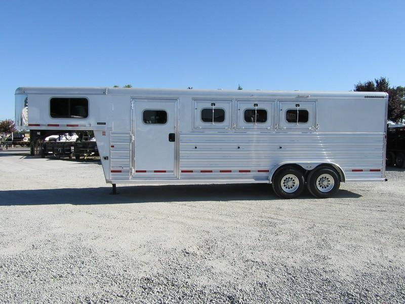 New 2017 Logan Razor 3H GN Horse Trailer Vin 05344