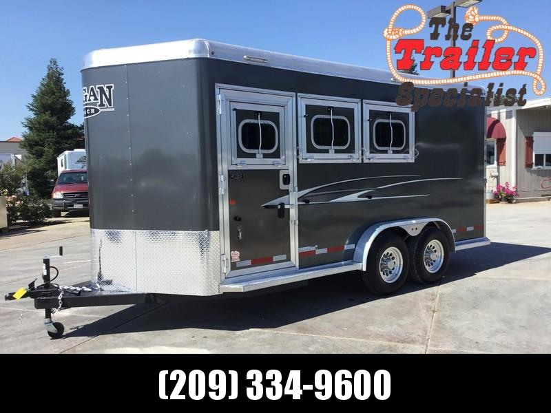NEW 2019 Logan Coach 3H Edge Bp Horse Trailer