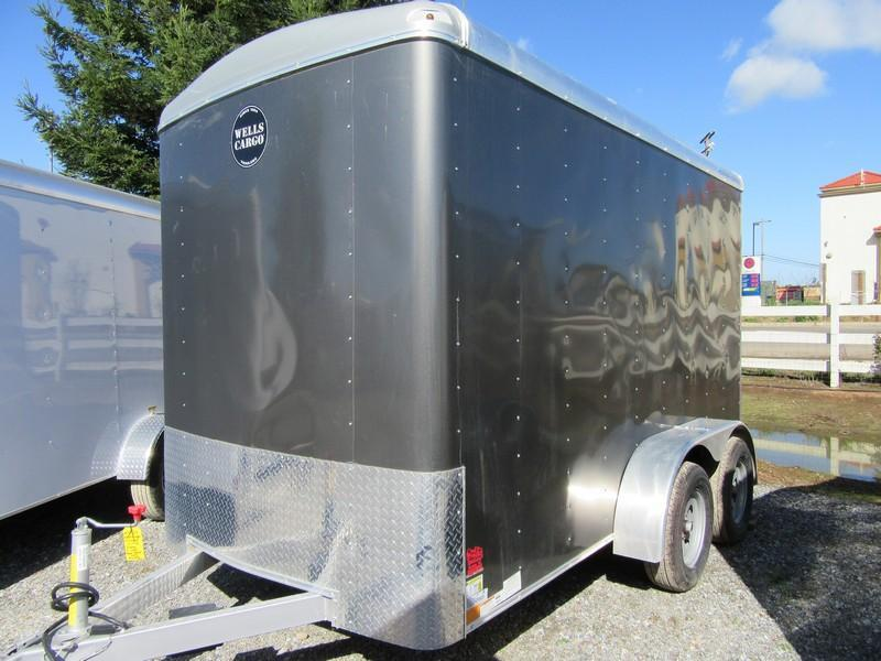 New 2018 Wells Cargo RF6x122 6x12 Tandem Axle Enclosed Cargo Trailer Vin59605