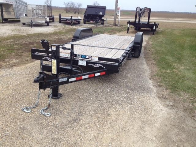 2016 Trailerman Trailers Inc. Cushion Tilt Equipment Trailer