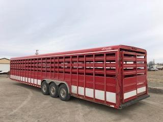 2011 Delta Manufacturing Gooseneck Stock Livestock Trailer