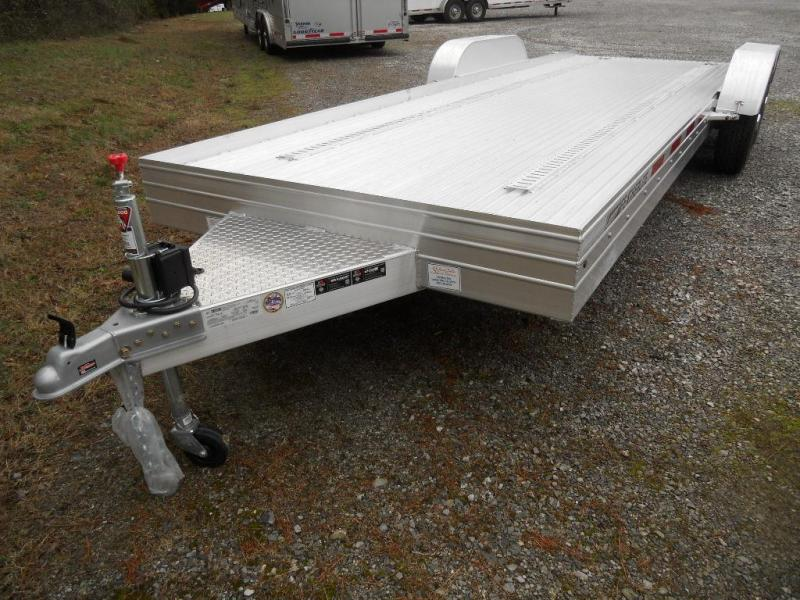 2016 Featherlite 3110-22' Car Hauler / Racing Trailer with E-Track