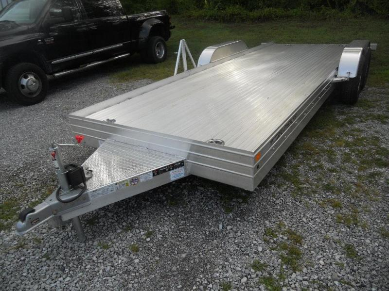 2016 Featherlite 3110-20' Car Hauler / Racing Trailer