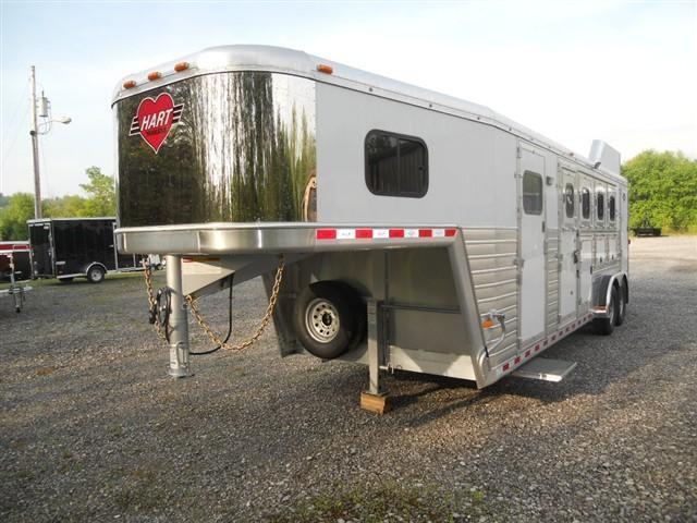 2014 Hart Trailers Ultimate 4 Horse Horse Trailer