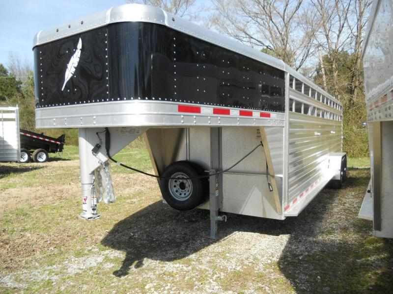2016 Featherlite 8117 24' Livestock Trailer