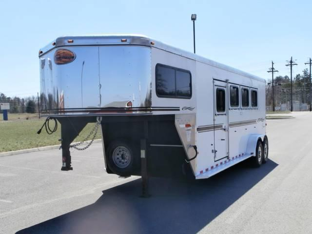 2007 Sundowner 4 Horse Rear Ramp 7.6 Tall Horse Trailer