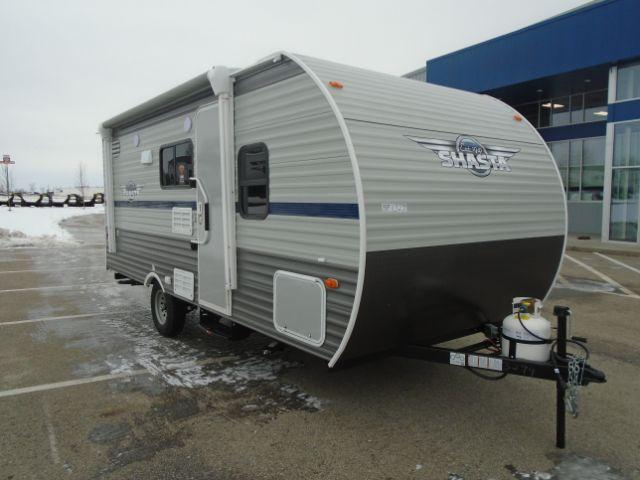 2019 SHASTA SST18BH TRAVEL TRAILER/BUNKHOUSE Camping / RV Trailer