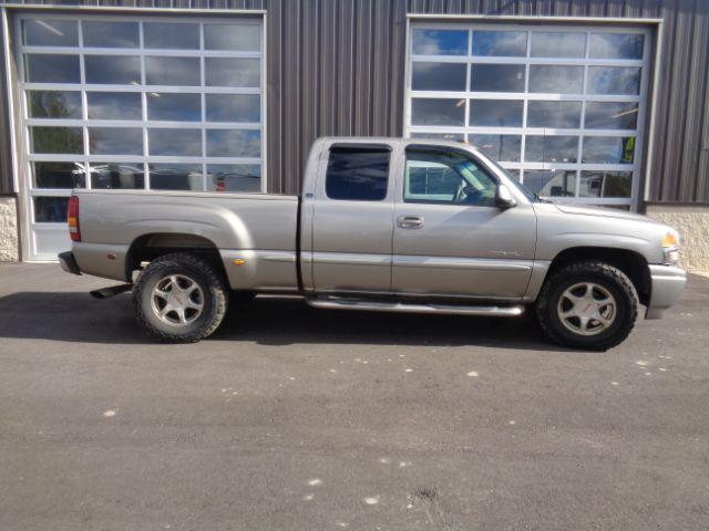 2002 GMC Sierra 1500 Denali Ext. Cab AWD Other Trailer