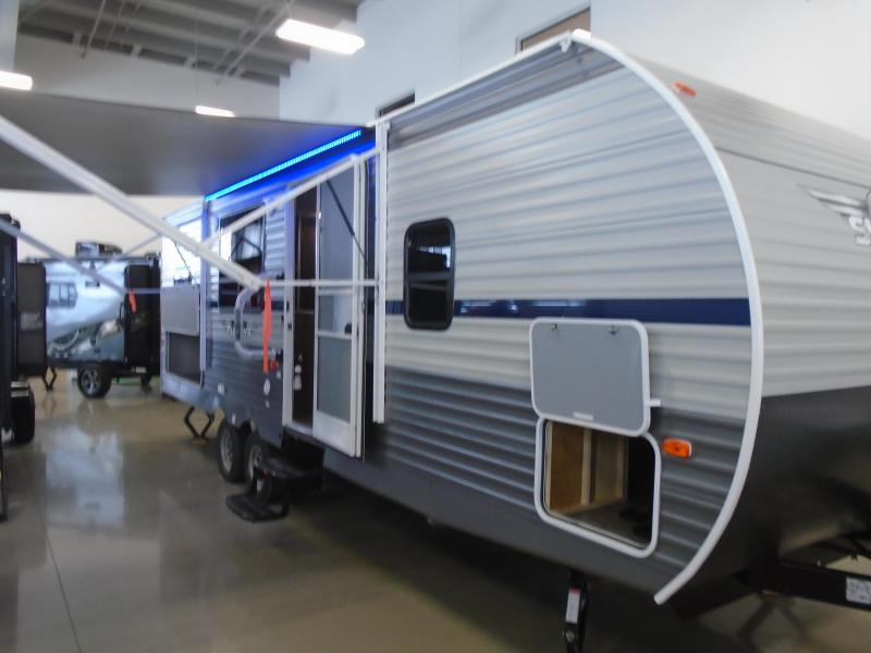2019 Shasta SST25RS TRAVEL TRAILER / BUNK HOUSE Camping / RV Trailer