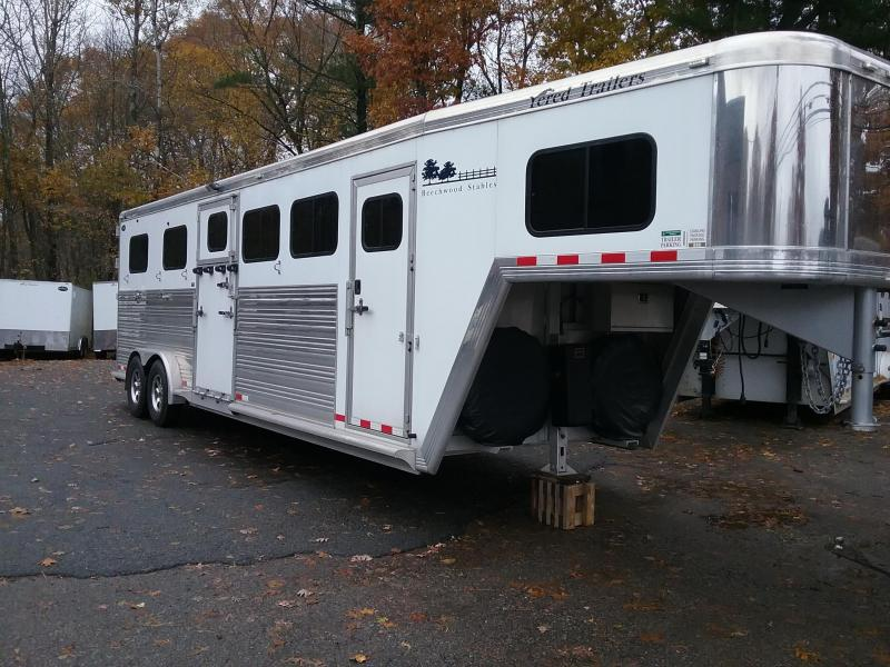 2014 Cimarron Trailers NorthStar Horse Trailer