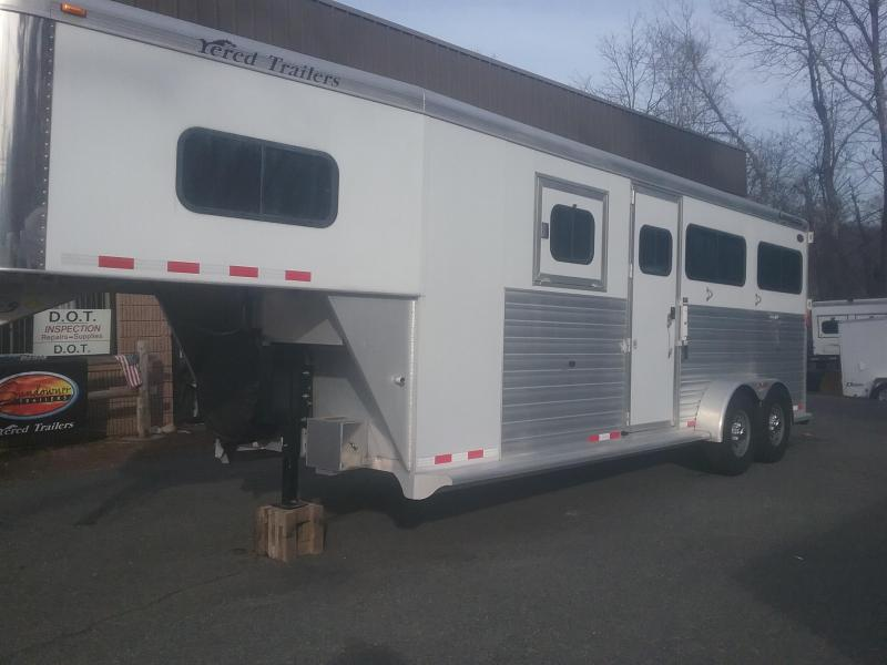 2007 Cimarron Trailers Northstar 2&1 gn Horse Trailer