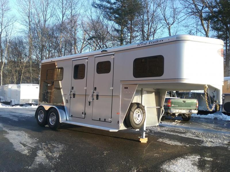 2019 Sundowner Trailers Charter Custom 2h GN Horse Trailer