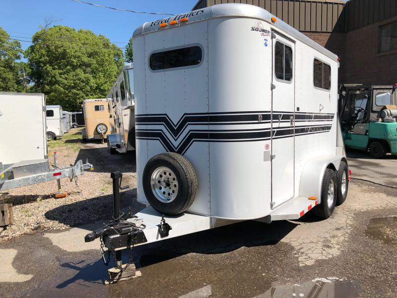 1999 Sooner 2h Warmblood Horse Trailer