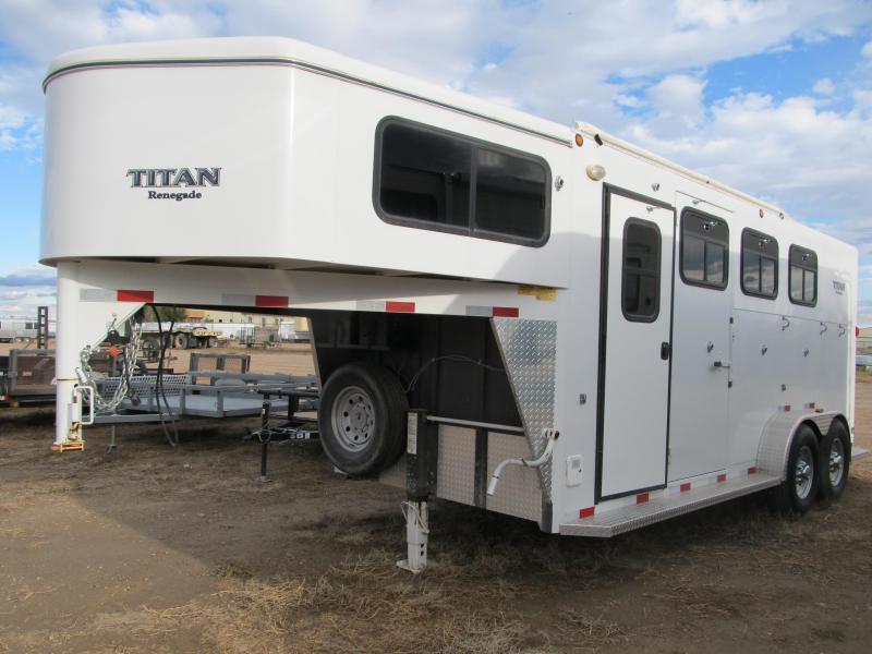 2007 Titan Trailers Renegade III 3 Horse Trailer